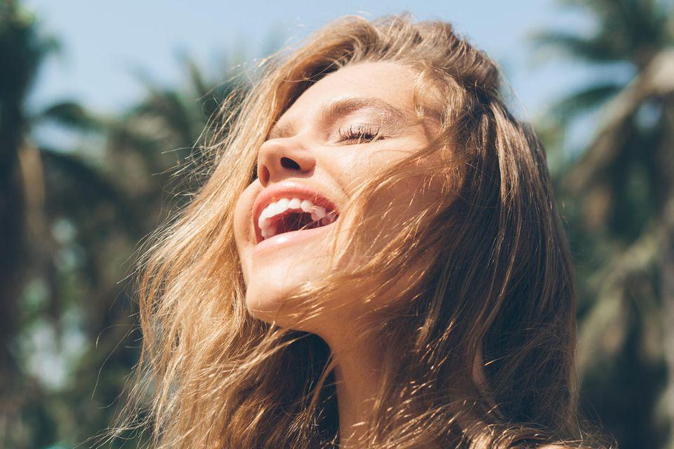Knackige Sommerbräune: Bei diesem Beautytrend spalten sich die Meinungen