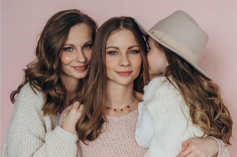 Twinteam: Nina und Lara mit Tochter Lea