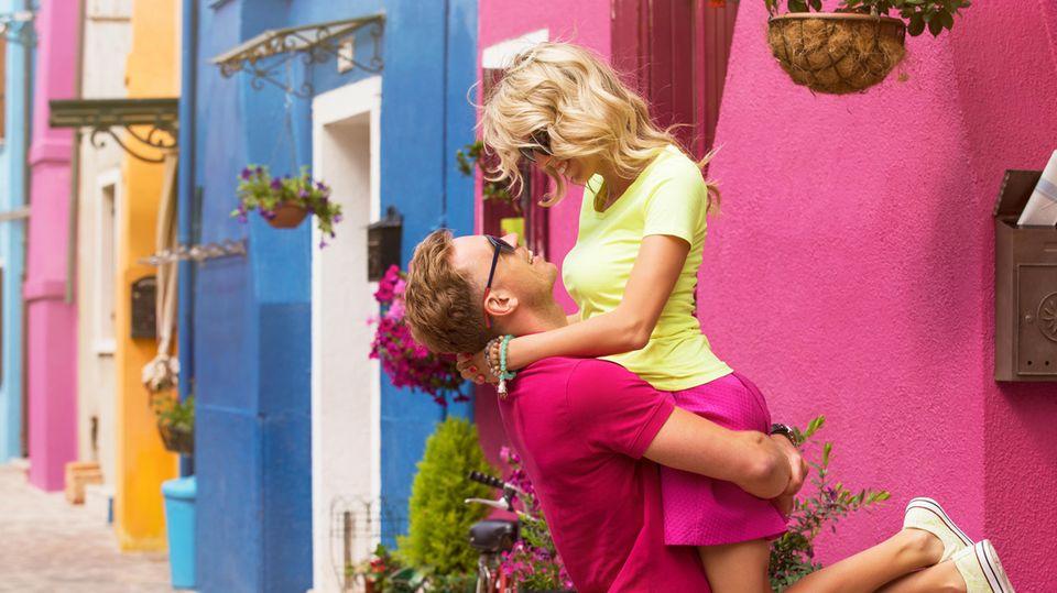 Zeichen für eine gesunde Beziehung: Glückliches Paar