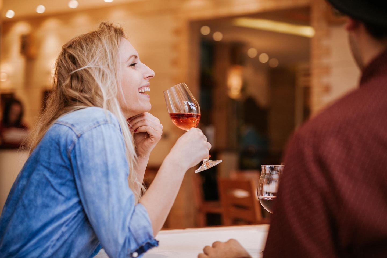 Liking Gap: Warum du glaubst, dass andere dich nicht mögen