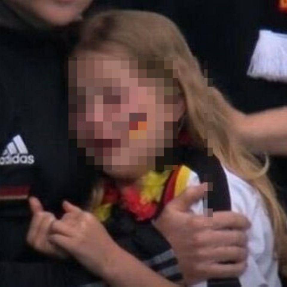 Weinendes Wembley-Mädchen meldet sich zu Wort