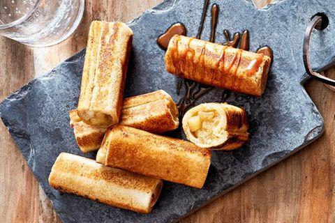 French Toast Apple Rolls
