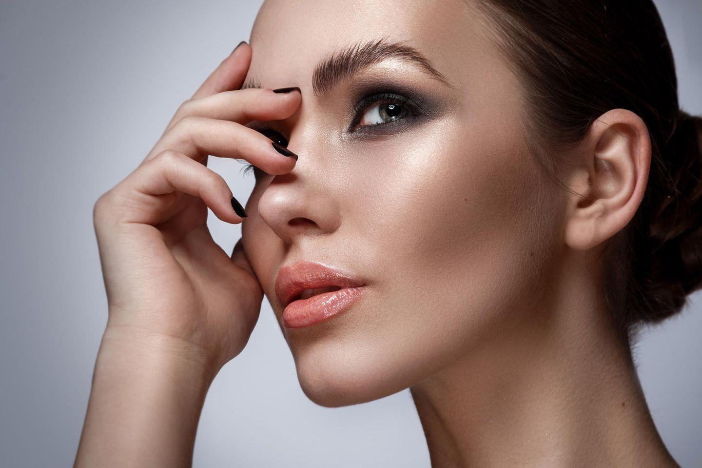 Make-up Trend 2021: Virales Video verspricht Smokey Eyes in Rekordzeit
