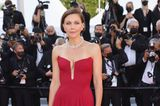 Maggie Gyllenhaal in Cannes