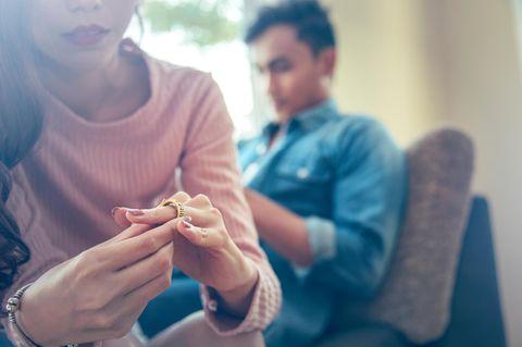 4 Situationen, in denen du deinen Partner betrügst