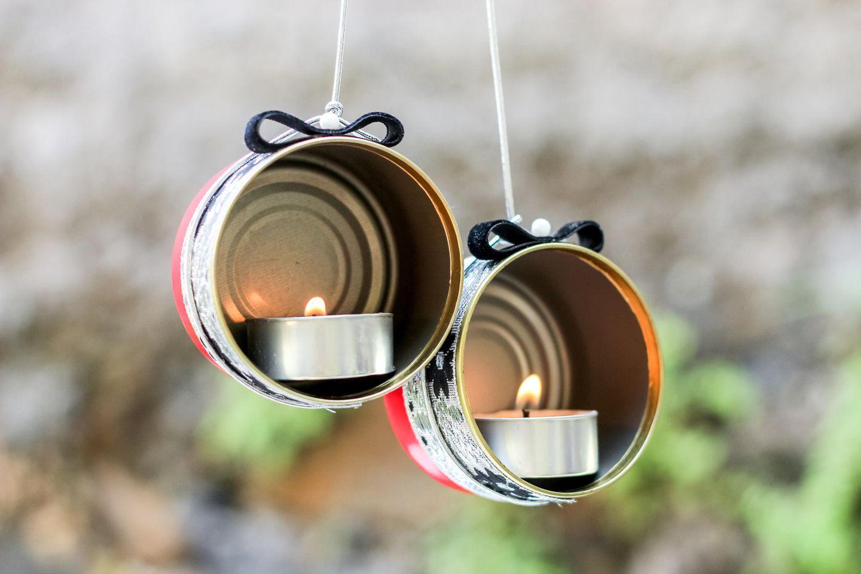 Basteln mit Dosen: Windlicht aus alten Dosen