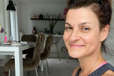 Interior: Marlene Lufen mit Kaffee