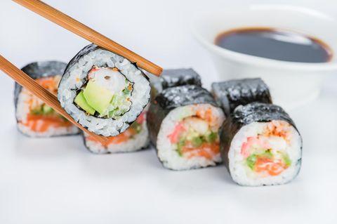 Sushi-Reis würzen: Das Grundrezept für den perfekten Reis