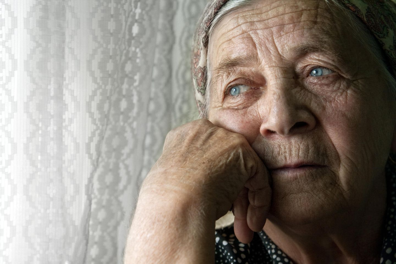 Psychologie: Eine nachdenkliche schöne Frau