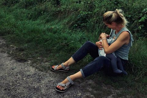 Stillende Stars: Nina Bott mit Baby