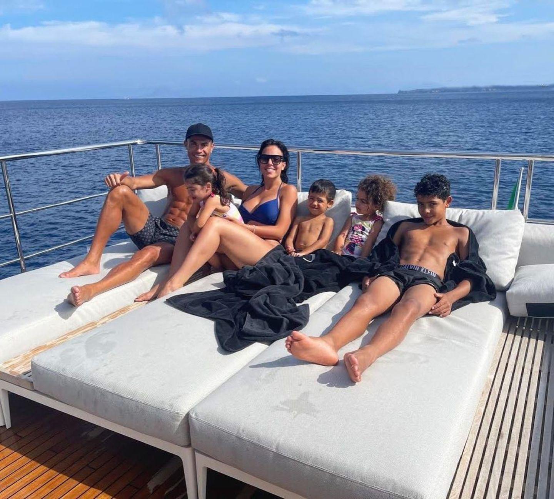 Christiano Ronaldo mit seiner Patchwork-Familie