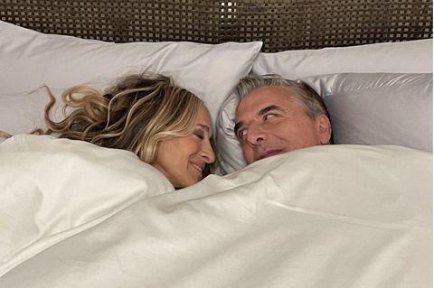 Serienpaare: Sarah Jessica Parker und Chris Noth im Bett