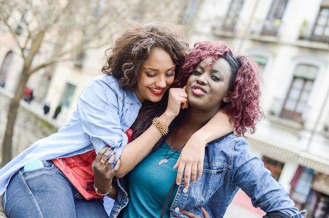 Psychologie: Zwei schöne Frauen