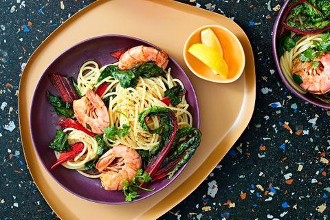 Spaghetti mit Rotgarnelen und Mangold