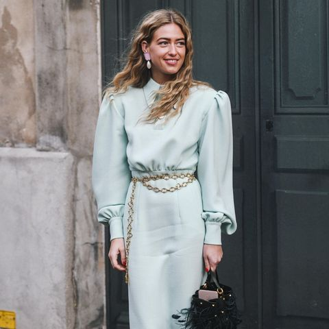 Look of Love: Kleid mit Puffärmeln