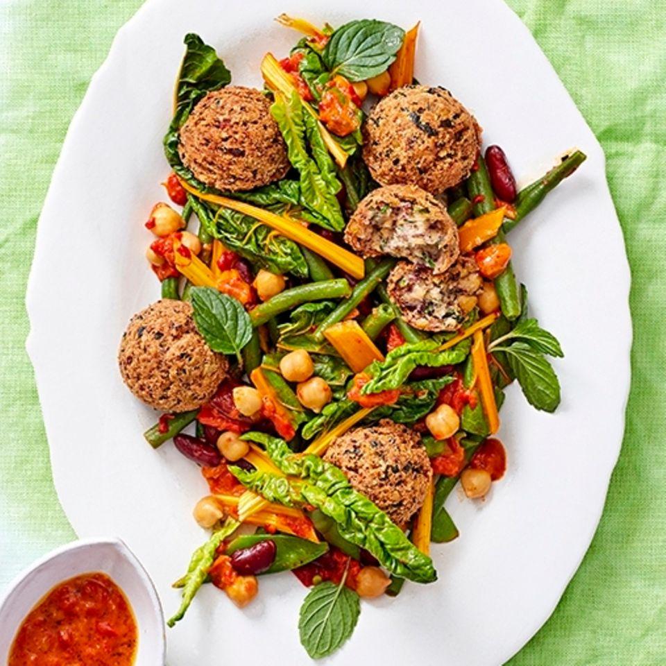 Grüner Bohnensalat mit Falafel