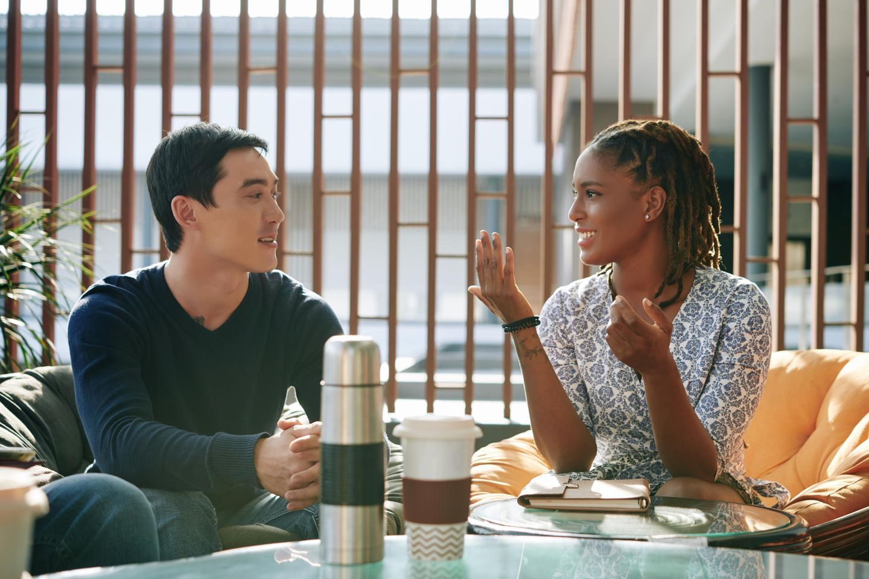 Mirroring: Mann und Frau im Gespräch