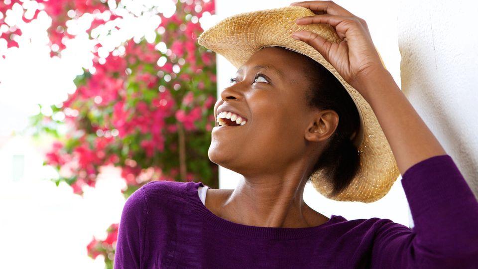 Horoskop: Eine Frau mit Hut