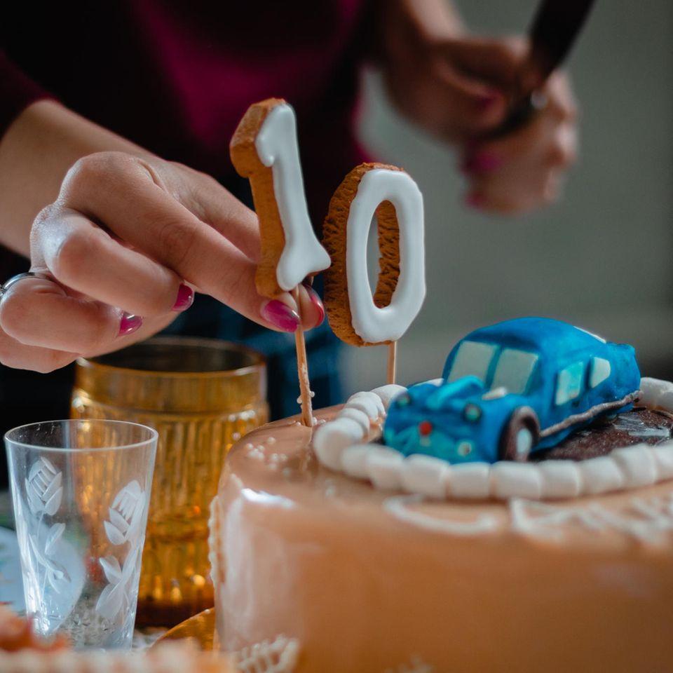 Alena Schröder: Geburtstagskuchen