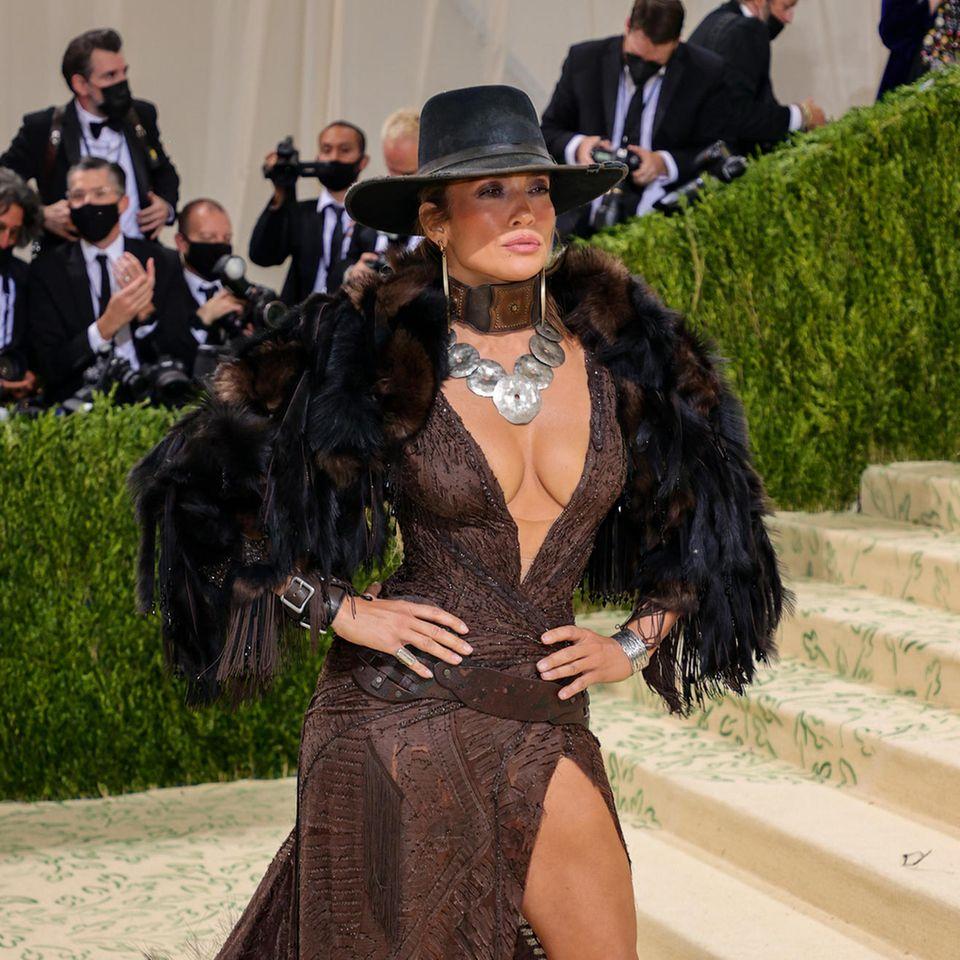 Jennifer Lopez besucht die Met Gala 2021 in New York
