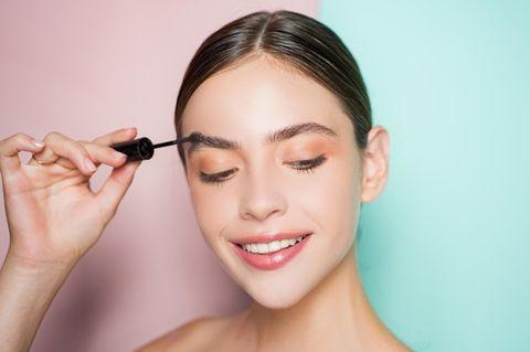 Augenbrauen-Hack: In wenigen Sekunden zur perfekt geschminkten Braue