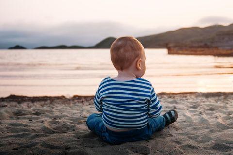 Babynamen: Baby am Meer
