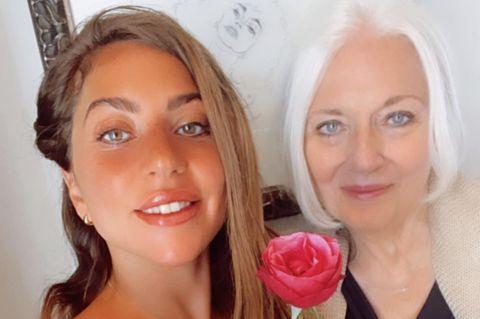 Mütter der Stars: Lady Gaga mit Mutter Cynthia Germanotta