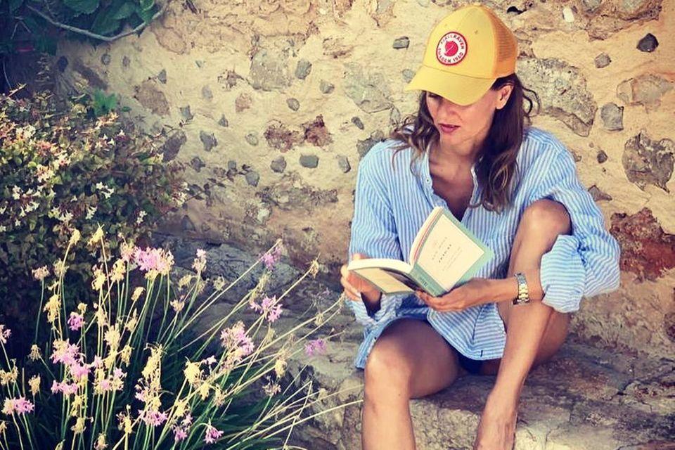 Auszeit: Ella Endlich liest Buch