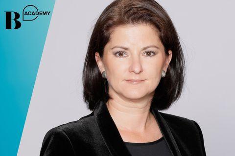 What The Finance?: Jessica Schwarzer