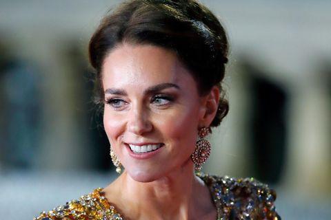 """Herzogin Catherine überstrahlte bei der """"Bond""""-Premiere alle"""