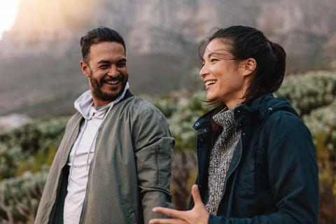 Psychologie: Ein Paar geht spazieren