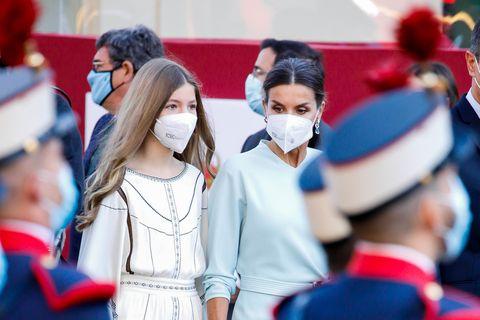 Prinzessin Sofia und Königin Letizia von Spanien