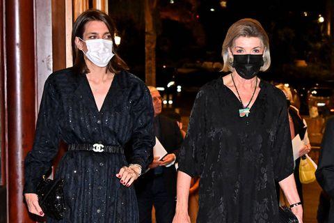 Charlotte Casiraghi und Prinzessin Caroline besuchen eine Preisverleihung in Monaco