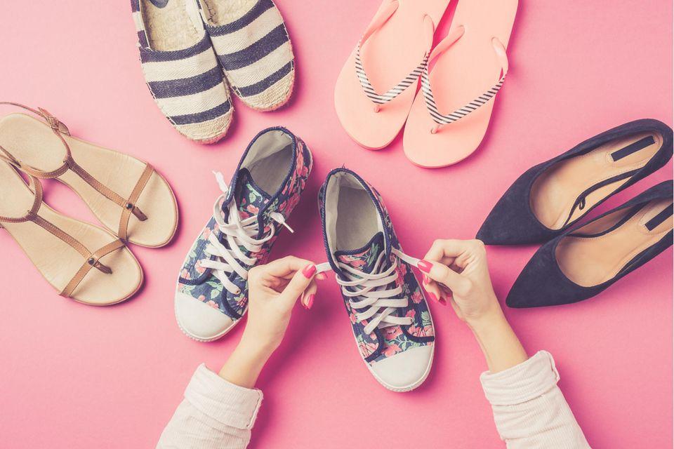Persönlichkeit: Das verraten deine Lieblingsschuhe über dich: Sneaker, Pumps, Sandalen