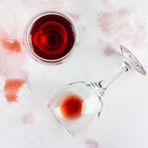 England: Rotweingläser