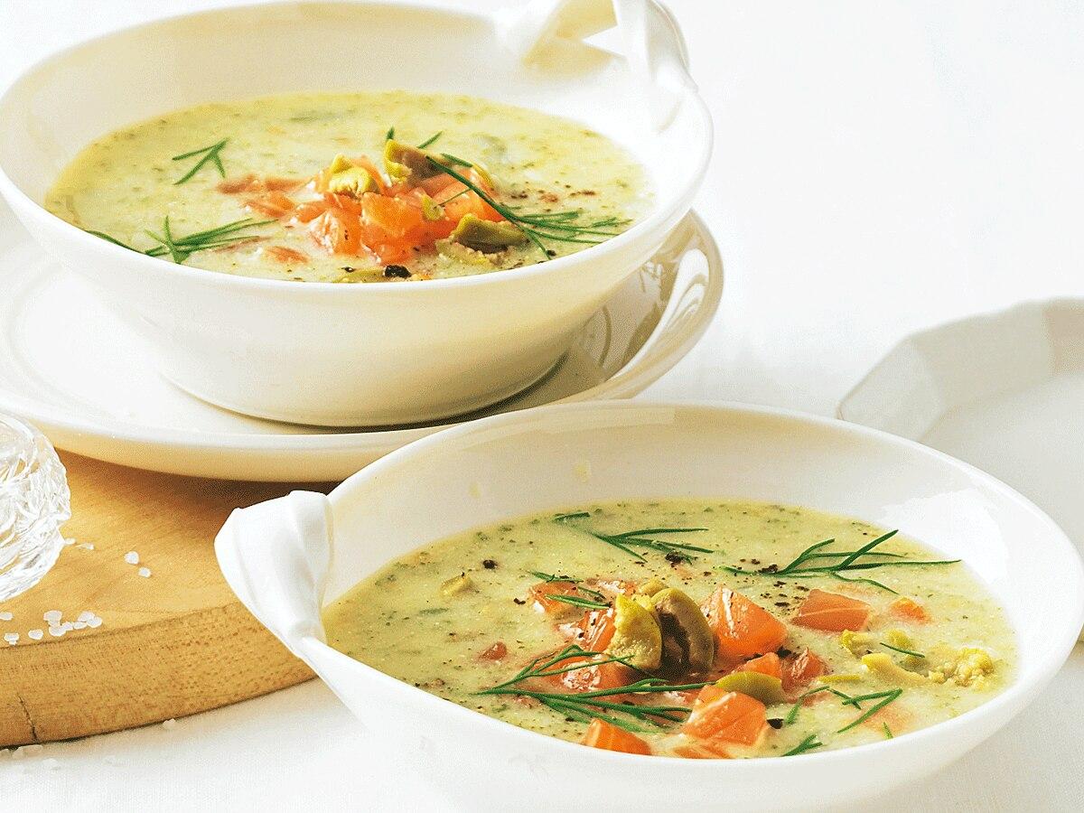 Löffelweise schlanker werden mit Suppen